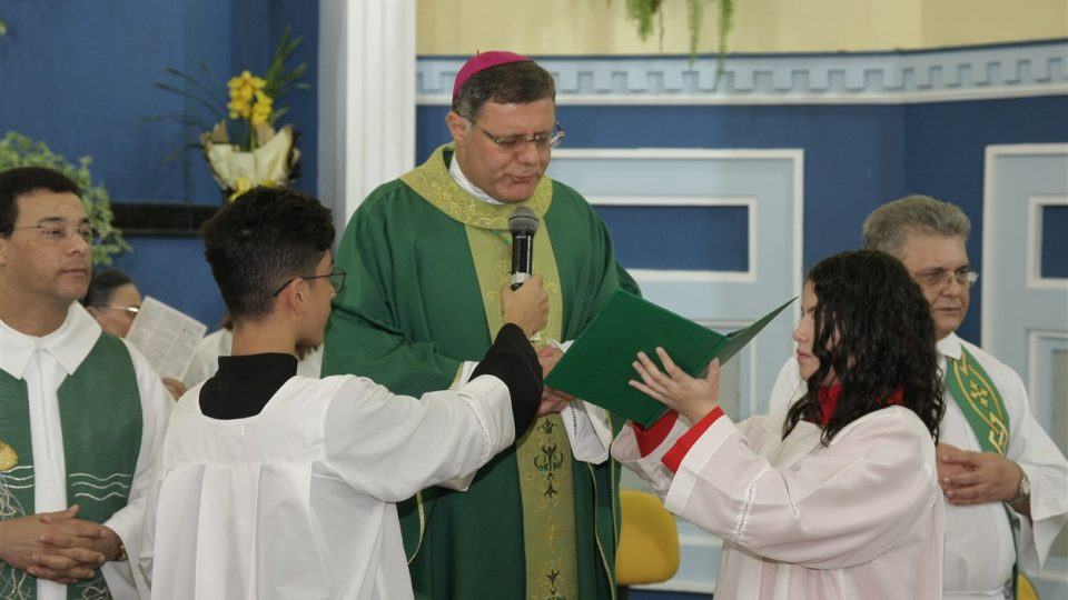 Itirapina recebe Dom Paulo Cezar para celebração da Crisma