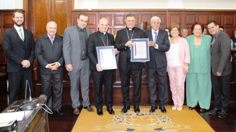 Bispos recebem Título na Câmara Municipal de São Carlos