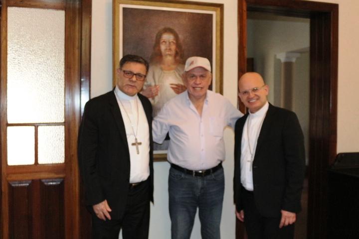 Dom Paulo Cezar recebe visita do Prefeito Airton Garcia