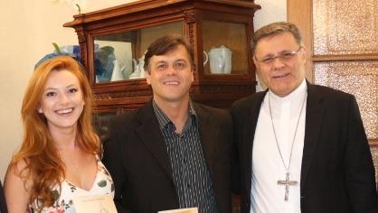 Prefeito Leandro Corrêa parabeniza o Arcebispo Eleito