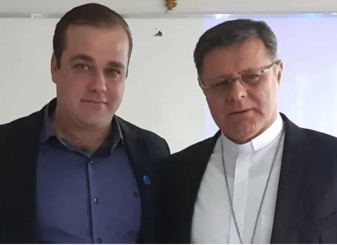 Vereador Gustavo Pozzi envia moção de Congratulação ao novo Arcebispo