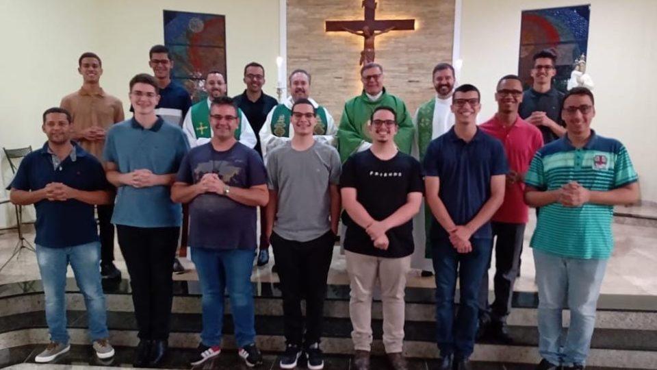 Dom Paulo faz visita ao Seminário Propedêutico