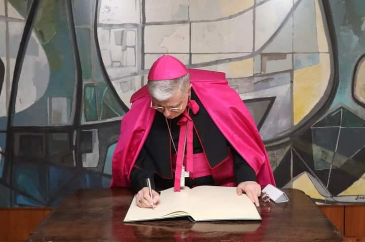 NOVO NÚNCIO APOSTÓLICO CHEGA AO BRASIL E APRESENTA CREDENCIAIS