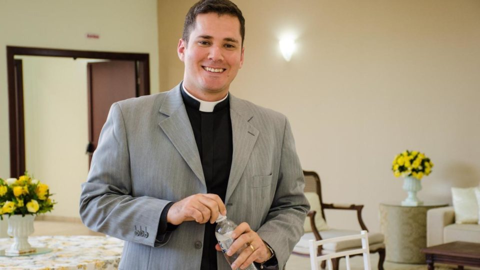 Padre Rene José participa do Simpósio de Formação Ecumênica